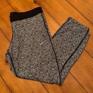 Nike dry fit cheetah/leopard leggings